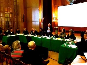 Le maire Yves révillon entouré de ses adjoints
