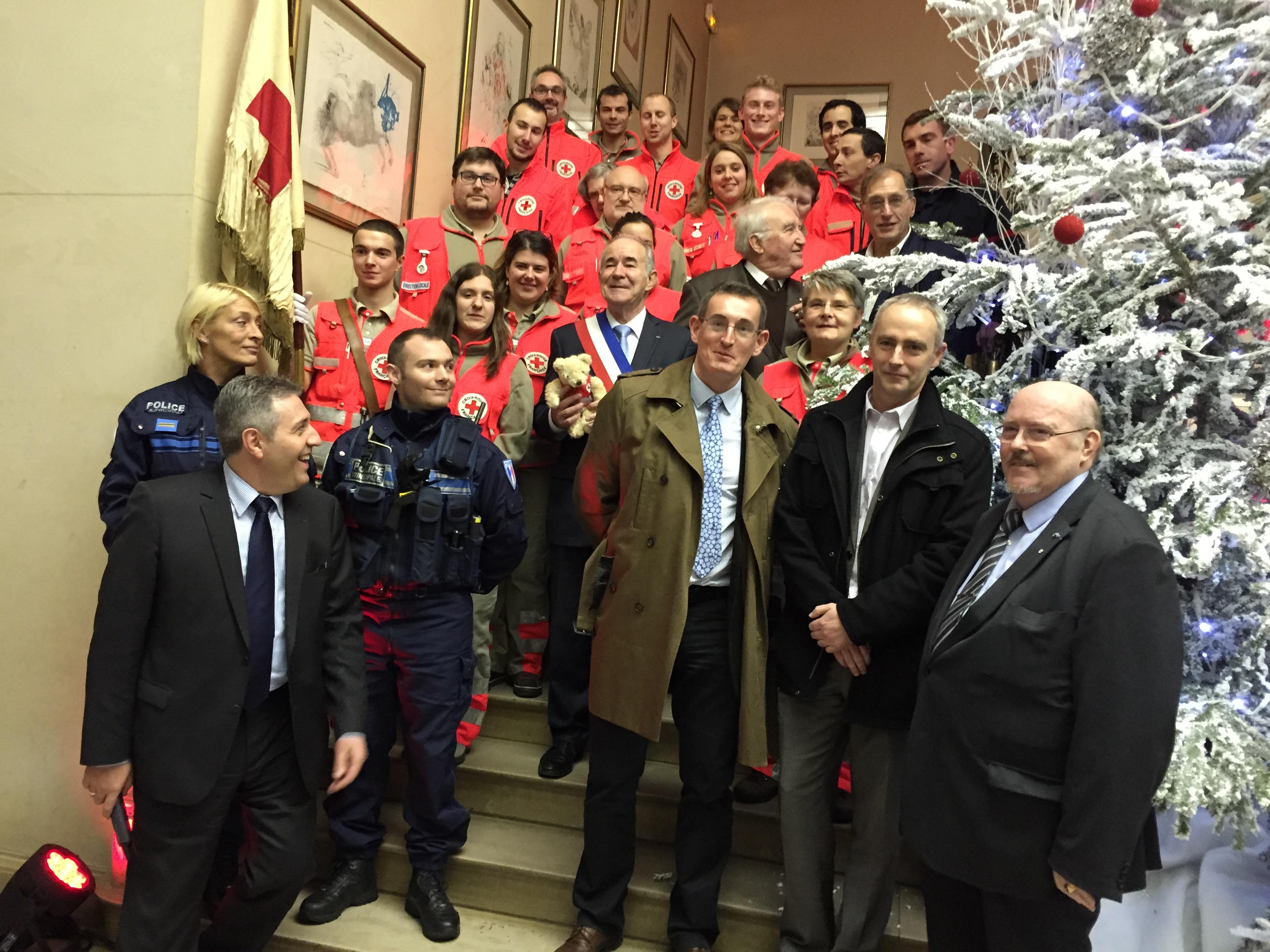 Les 150 ans de la Croix Rouge fêtés à la mairie de Bois  ~ Maire Bois Colombes